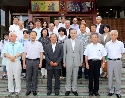 総会終了後の記念写真
